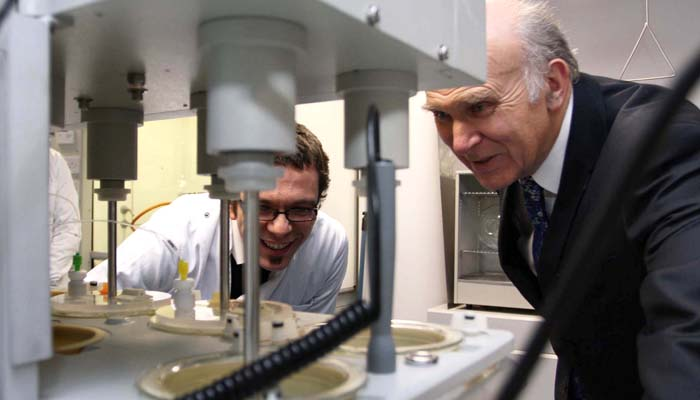 Vince Cable in lab DCU Invent New Frontiers